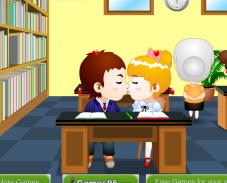 Поцелуи в библиотеке