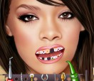 Рианна у дантиста