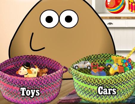 Pou моет игрушки