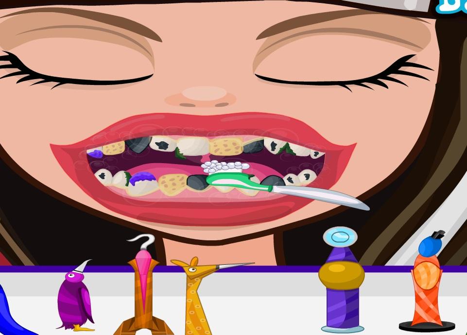 Серас Худ у стоматолога