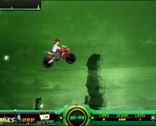 Игра BEN 10 мотоциклист онлайн