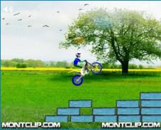 Игра MotorBike Pro — Spring Fun онлайн