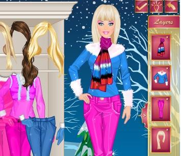 Игра Одевалка зимняя Барби онлайн