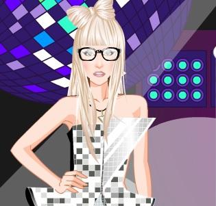 Игра Леди Гага на концерте онлайн