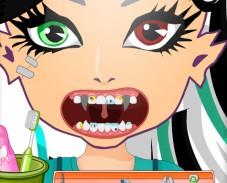 Игра Лечим зубы Френки Штейн онлайн
