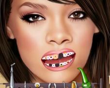 Игра  Рианна у дантиста онлайн