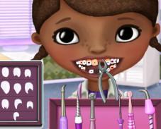 Игра Доктор Плюшева у дантиста онлайн