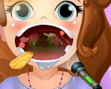 Игра Вылечи горло Софии Прекрасной онлайн
