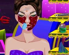 Игра Maleficent Real Makeup онлайн