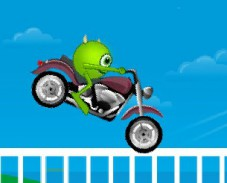 Игра Университет монстров мотогонки онлайн