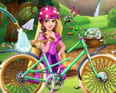 Игра Рапунцель на велосипеде онлайн